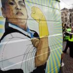 Schoonmakers voeren actie op schoolplein Groningen