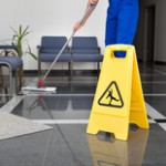 Partijen komen in actie tegen inbesteden schoonmaakwerk