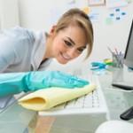 Toetsenbord schoonmaken zonder beschadiging
