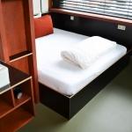 Marmoleumvloer maakt schoonmaak Volkshotel eenvoudiger