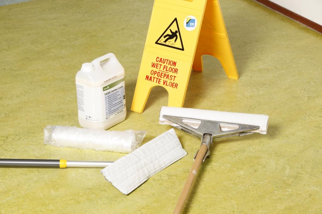Linoleum Vloer Onderhoud : Voorkom fouten nu het vloeronderhoudseizoen is losgebarsten