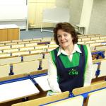 Schoonmaakbedrijf CSU leidt statushouders op tot schoonmaker