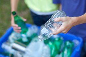 Plastic flessen recyclen