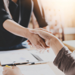 Schoonmaakbedrijf Synergon en Welzijnsgroep Tinten verlengen dienstverleningscontract