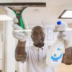 Schoonmaakbedrijf Boen Groen gaat echt ver (zelfs schoonmakers op de fiets naar hun werkplek)