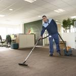 Zo kom je wél aan je personeel: Krappe arbeidsmarkt bemoeilijkt schoonmaakbedrijven in het vinden van voldoende medewerkers