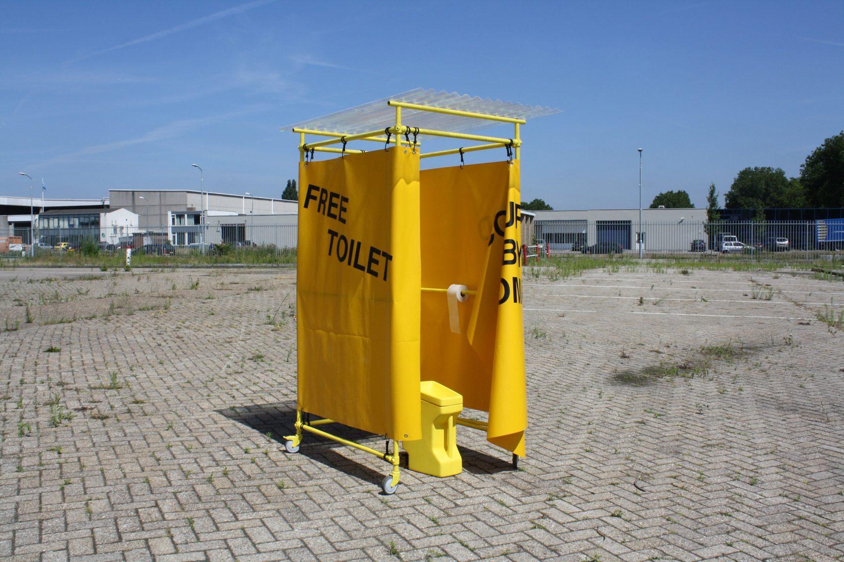 Mobiel Toilet Kopen : Yellow spot een mobiel protest toilet service management nieuws