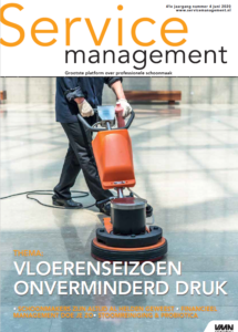 Cover Service Management 4 2020