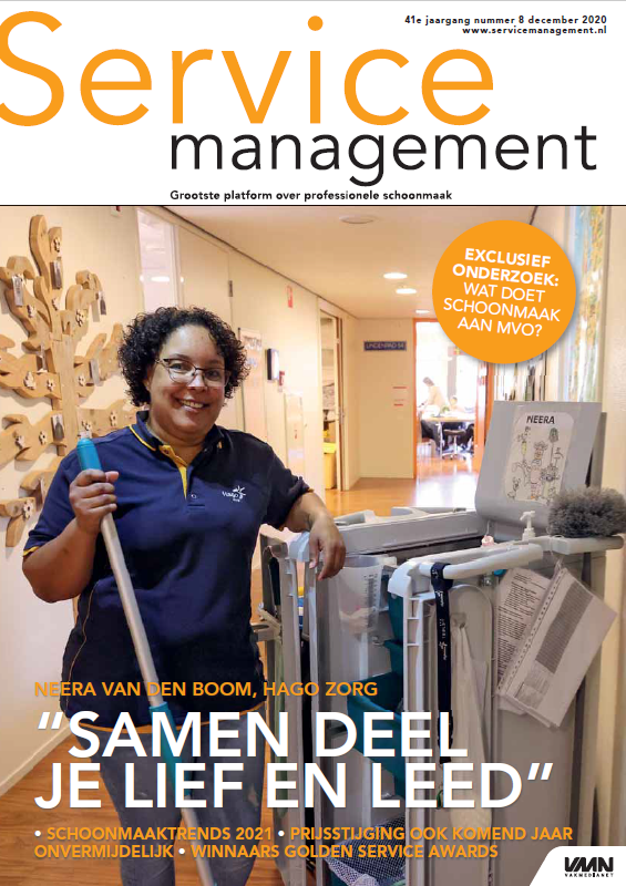 Cover Service Management 8 2020