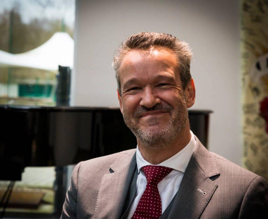 Jaques de Hulster, Compass Group over goed werkgeverschap in de schoonmaak